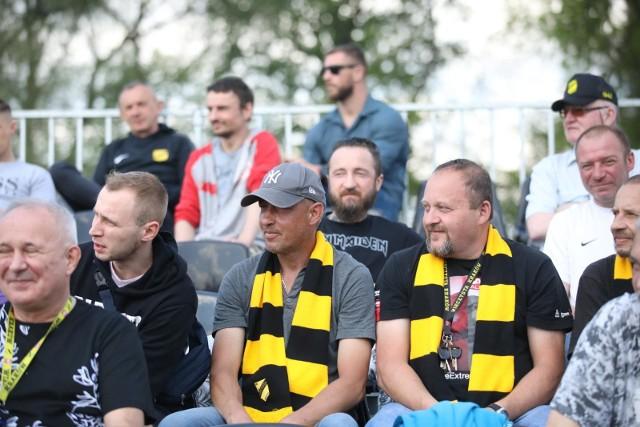 Grę Sławomira Peszki i spółki mogli w końcu oglądać na żywo kibice, którzy zostali wpuszczeni na trybuny stadionu przy ul. Chałupnika. Wieczysta wygrała z Kmitą Zabierzów 4:0.
