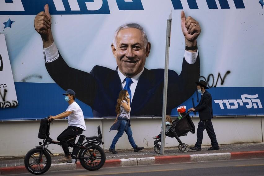 Izraelskie wybory: Premierowi Netanjahu sprzyja akcja szczepień i odblokowanie gospodarki