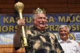 Lech Wałęsa z koroną i buławą podczas Kaszubskiej Majówki Pomorskich Przedsiębiorców [ZDJĘCIA]