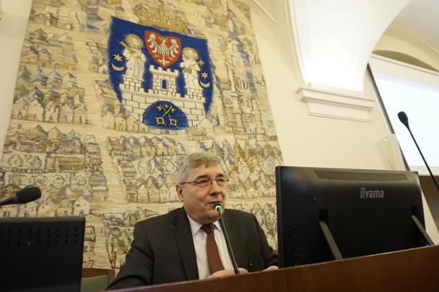 - Arcybiskup Jędraszewski powinien wziąć pod uwagę głosy, które napływają z Poznania i zastanowić się, jak powinien się w sobotę zachować - mówi Grzegorz Ganowicz, przewodniczący rady miasta Poznania.