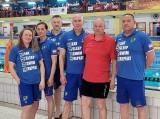 28 medali pływaków UKS Delfin Masters Tarnobrzeg na mistrzostwach w Dębicy [ZDJĘCIA]