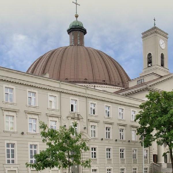 Bazylika Mniejsza św. Wincentego a Paulo w Bydgoszczy.
