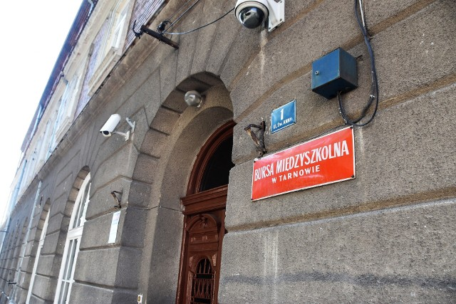 W Bursie Międzyszkolnej przy ul. św. Anny nie ma już uczniów. W budynku została tylko administracja