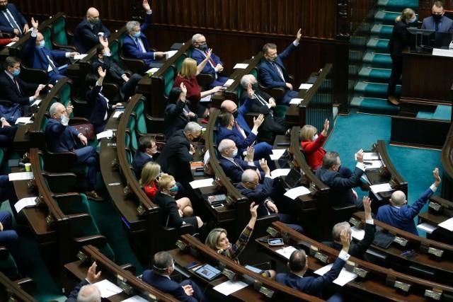 Sejm przyjął senacką poprawkę do ustawy zmieniającej zakres obowiązywania konwencji stambulskiej