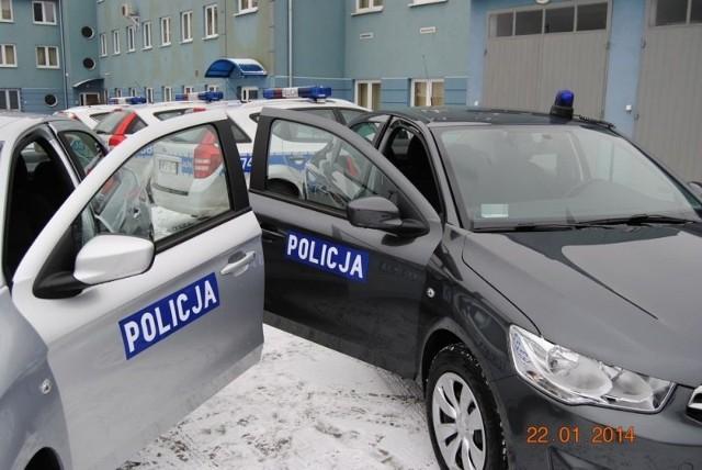 Nowe nieoznakowane radiowozy w Oleśnie