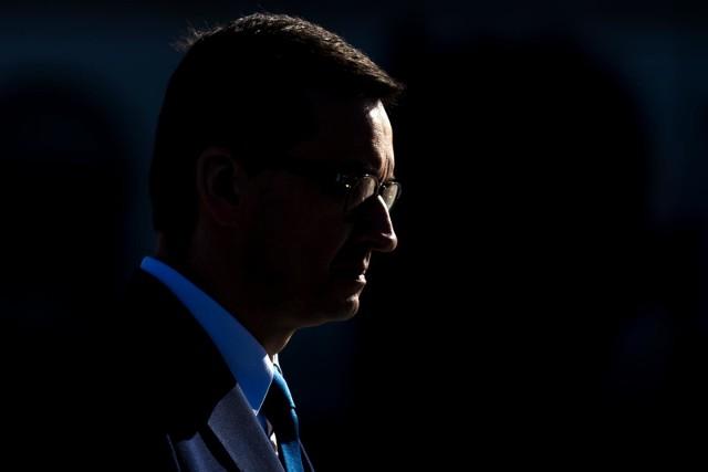 - Znajdujemy się w zupełnie nowej rzeczywistości, która niestety przez dłuższy czas będzie z nami i musimy się nauczyć w niej żyć - przyznał premier.