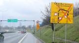Ikea w Zabrzu jednak powstanie? Wkrótce ma ruszyć przebudowa w rejonie DTŚ w Zabrzu Zaborzu. Ustwiono już znaki informacyjne