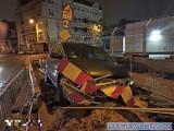 Pijany kierowca wjechał samochodem do wykopu [ZDJĘCIA]