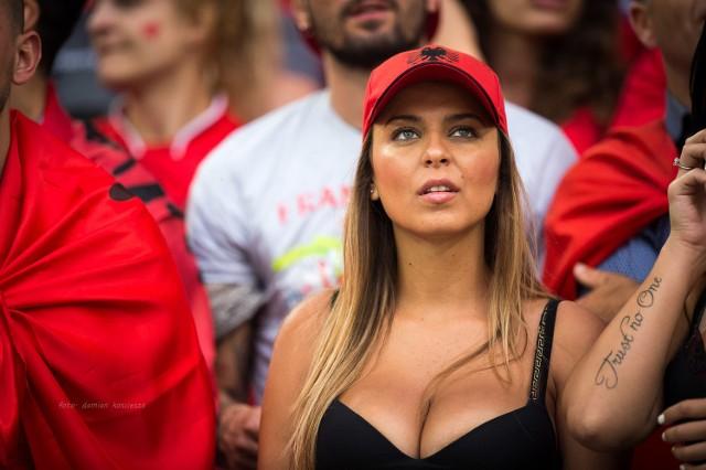 W środowy wieczór Stade Velodrome w Marsylii wypełnił się kibicami francuskimi i sympatykami reprezentacji Albanii. Zobacz najciekawsze zdjęcia z trybun!