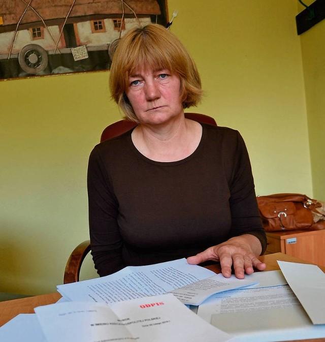 Według sądu, wójt odwołując Grażynę Stalmach powołał się na zarzuty rodziców i nauczycieli, których jednak nie umiał udowodnić. Dyrektorka nie mogła się z nimi zapoznać ani się do nich odnieść