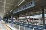 Pasażer został zaatakowany gazem w pociągu SKM we Wrzeszczu. Policja ustala sprawcę