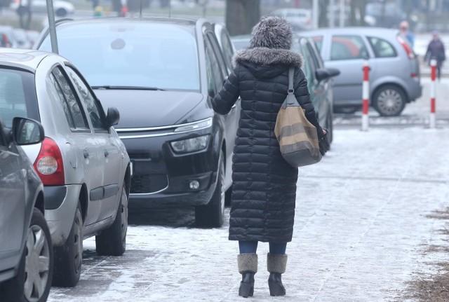 Prognozuje się opady deszczu ze śniegiem i mokrego śniegu.