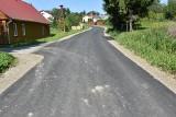 Gmina Iwaniska remontuje drogi. Oddano trzy kolejne odcinki (ZDJĘCIA)