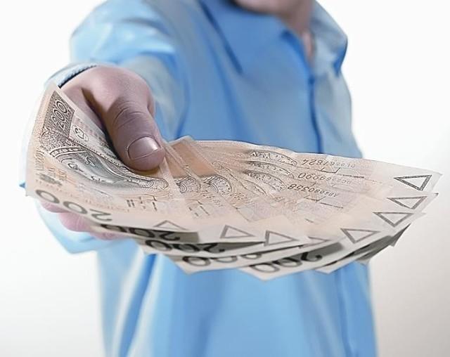 Trzy gminy szukają pieniędzy w budżetach, żeby załatać dziurę w finansach Lubuskiego Trójmiasta.
