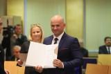 Niedawno był w Nowoczesnej, teraz doradza wojewodzie rządu PiS. Radny sejmiku Paweł Kowalczyk nowym doradcą wojewody łódzkiego.