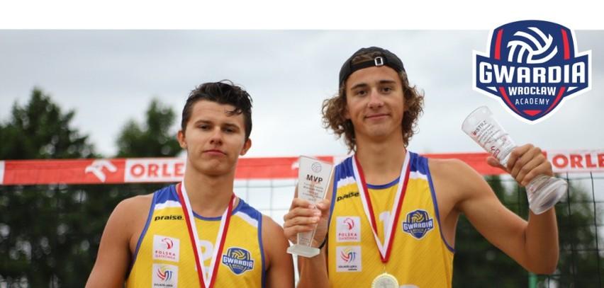 Juniorzy Gwardii ze złotem mistrzostw Polski w siatkówce plażowej