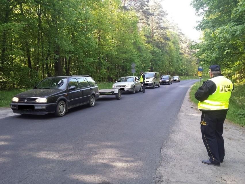 Czy jest OK sprawdzało 12 policjantów referatu ruchu drogowego i  i policjanci pionu prewencji.