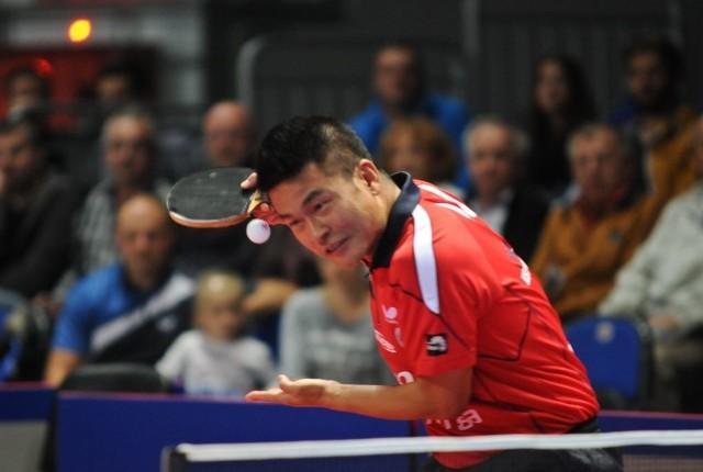 Chen Weixing jest jednym z najwyżej notowanych na świecie tenisistów, którzy grają w Superlidze.