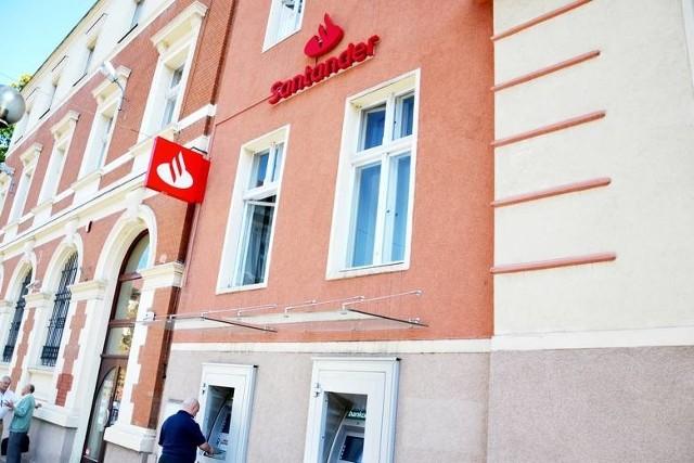 Klientów banku Santander czekają małe utrudnienia w najbliższych dniach.