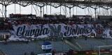 Patriotyczna oprawa na meczu Korony Kielce z Lechią Gdańsk w PKO Ekstraklasie. Kibice oddali cześć Żołnierzom Wyklętym [ZDJĘCIA, WIDEO]