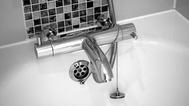 Instalacja wodna w domuKanalizacja niskoszumowa: sposób na walkę z hałasem z rur