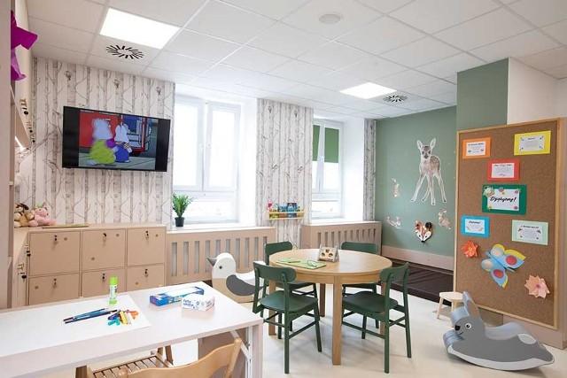 """Tak wygląda """"Strefa rodzica"""" zrealizowana w Wojewódzkim Szpitalu Zespolonym im. Jędrzeja Śniadeckiego w Białymstoku"""