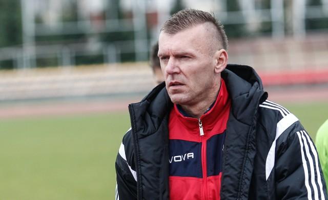- Powinny być awanse i spadki - uważa Paweł Załoga