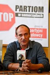 Paweł Kukiz zameldował się we Wrocławiu. I już może być radnym