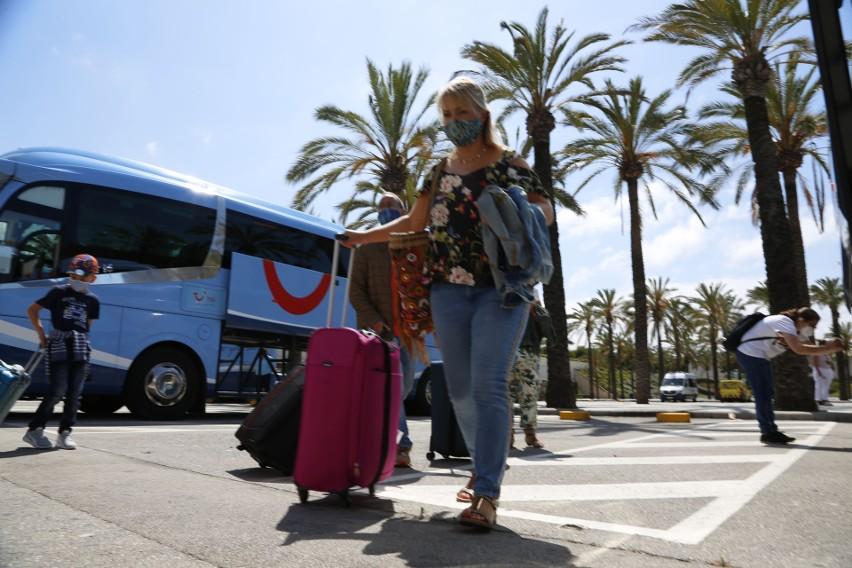 Turyści niemieccy w Hiszpanii.