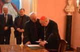 Kropla krwi Papieża Polaka w Szydłowcu (zdjęcia)