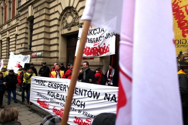 Protest związkowców PKP Cargo w Krakowie