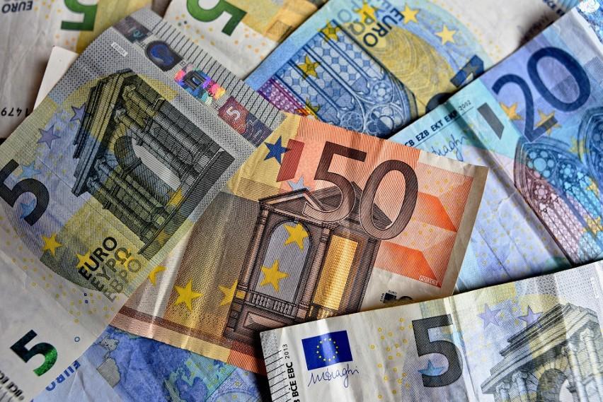 W Niemczech kupon Eurojackpot kosztuje 2 euro, czyli niecałe...