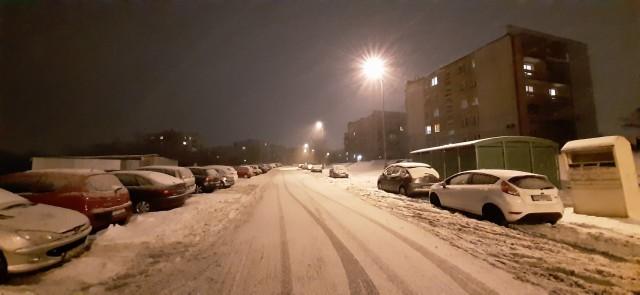 Ślisko na drogach województwa śląskiego. IMGW wydał ostrzeżenie dla wszystkich powiatów