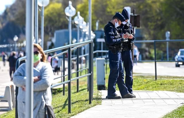 Wyróżniający się w pracy policjanci w Gdyni także w tym roku liczyć mogą na wsparcie ze strony samorządowców.