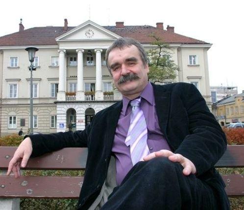 Wojciech Lubawski, prezydent Kielc: - Jak widać prowadzimy rozsądną politykę fiskalną i nie jesteśmy potwornie zadłużeni, jak niektórzy próbują to sugerować. Do 2025 roku mamy zapewnione zrównoważone przepływy finansowe