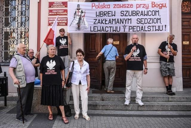 Poznań: Protestowali przeciwko Marszowi Równości