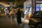 Kraków. Dolne Młyny tętnią życiem, jakby pandemii wcale nie było [ZDJĘCIA]
