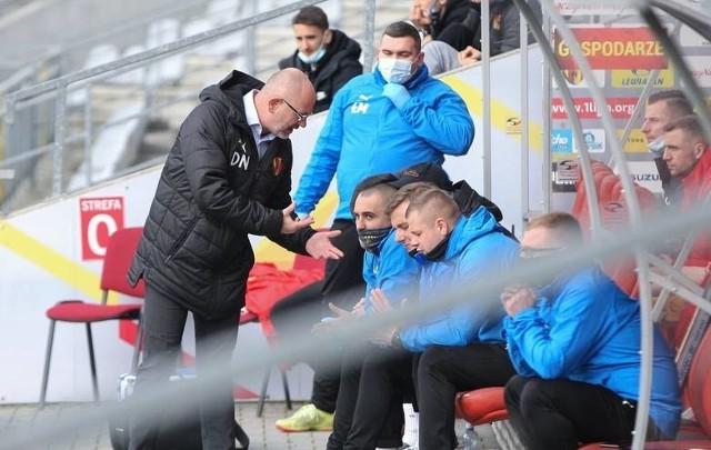 Trener Korony Kielce Dominik Nowak prosi kibiców o wsparcie w sobotnim meczu z GKS Bełchatów.