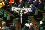 Na zaprzysiężenie Andrzeja Dudy nie wybrała się większość KO
