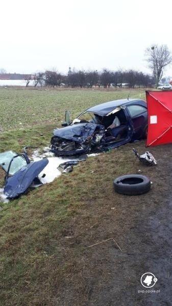 Wspaniały Tragiczny wypadek w Strzelnikach pod Brzegiem na DK94. Samochód OH71