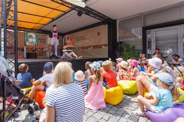 Przez całe wakacje na poznańskim Starym Mieście odbywa się mnóstwo darmowych wydarzeń w ramach piątego sezonu Kulturalnego Starego Rynku. Przed nami kolejne!