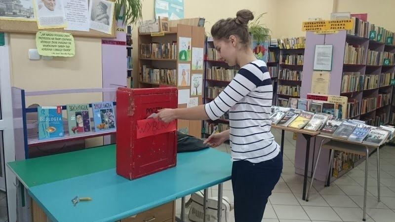 Na przedstawicieli do młodzieżowej rady zagłosowała m.in. Aleksandra Warszewska, uczennica III klasy gimnazjum