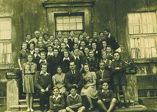 1948 r. To klasa VIII w szkole podstawowej nr 3 przy ul. Gdańskiej.