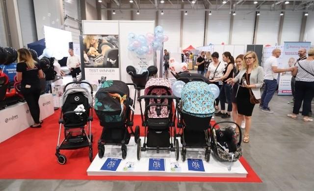 Na targach w hali Expo pojawili się m.in. producenci i importerzy dziecięcych wózków.