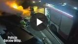Piroman podpalił auta w Gorzowie i wszystko nagrywał. Film opublikował w internecie