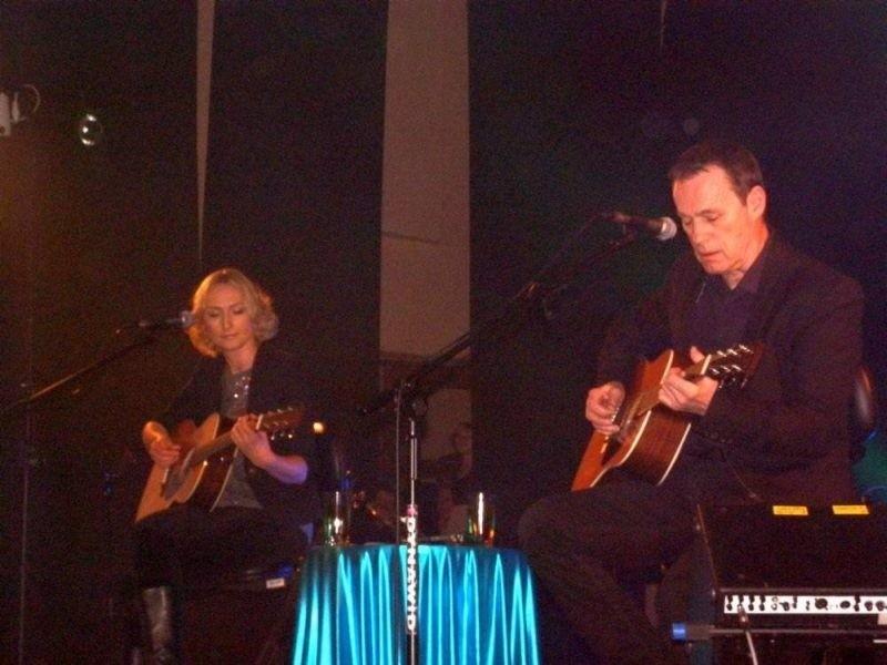 Anita Lipnicka i John Porter na scenie CKiS w Sępólnie