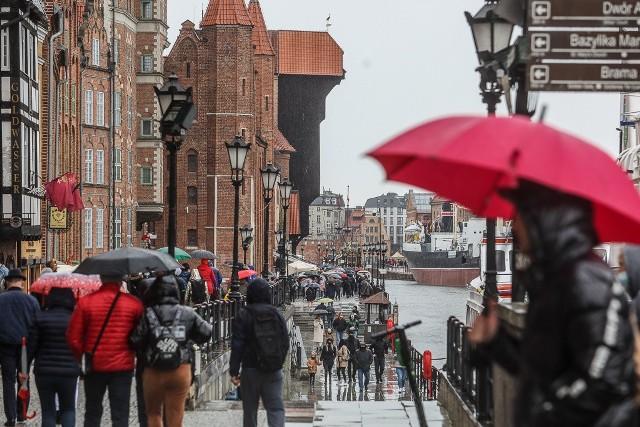 Deszczowy drugi dzień majówki w Gdańsku, 2.05.2021 r.
