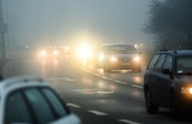 Silna mgła w Łódzkiem. Ostrzeżenie IMGW