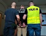 Dzielnicowi zatrzymali dwóch mężczyzn z narkotykami