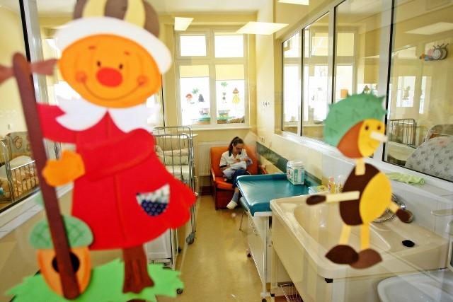 Szpitale w regionie łódzkim zgłaszają, że największe problemy z obsadą będą mieli w oddziałach pediatrycznych i noworodkowych.